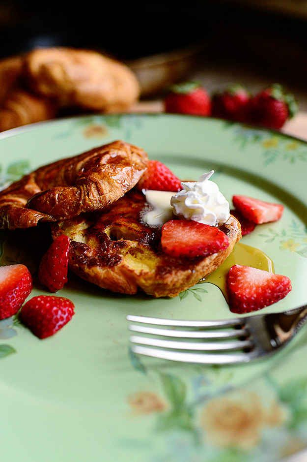 Tostada francesa tipo croissant comidas pinterest for Tipos de comida francesa