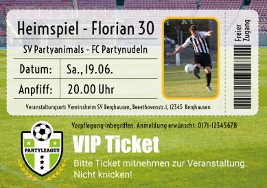 Einladungskarte Zur Fußballparty Zum Geburtstag In Form Eines VIP Tickets.  Nur Foto Hochladen Und Eigene Texte Eingeben!