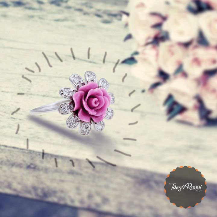 #Bling up your fingers with this #beautiful #ring #TanyaRossi