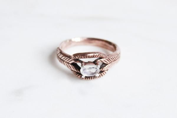 Moonstone deco ring - rose / yellow / white gold – Kaye Blegvad