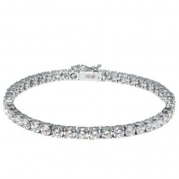 I am not big on jewelry but this bracelet is beautiful!