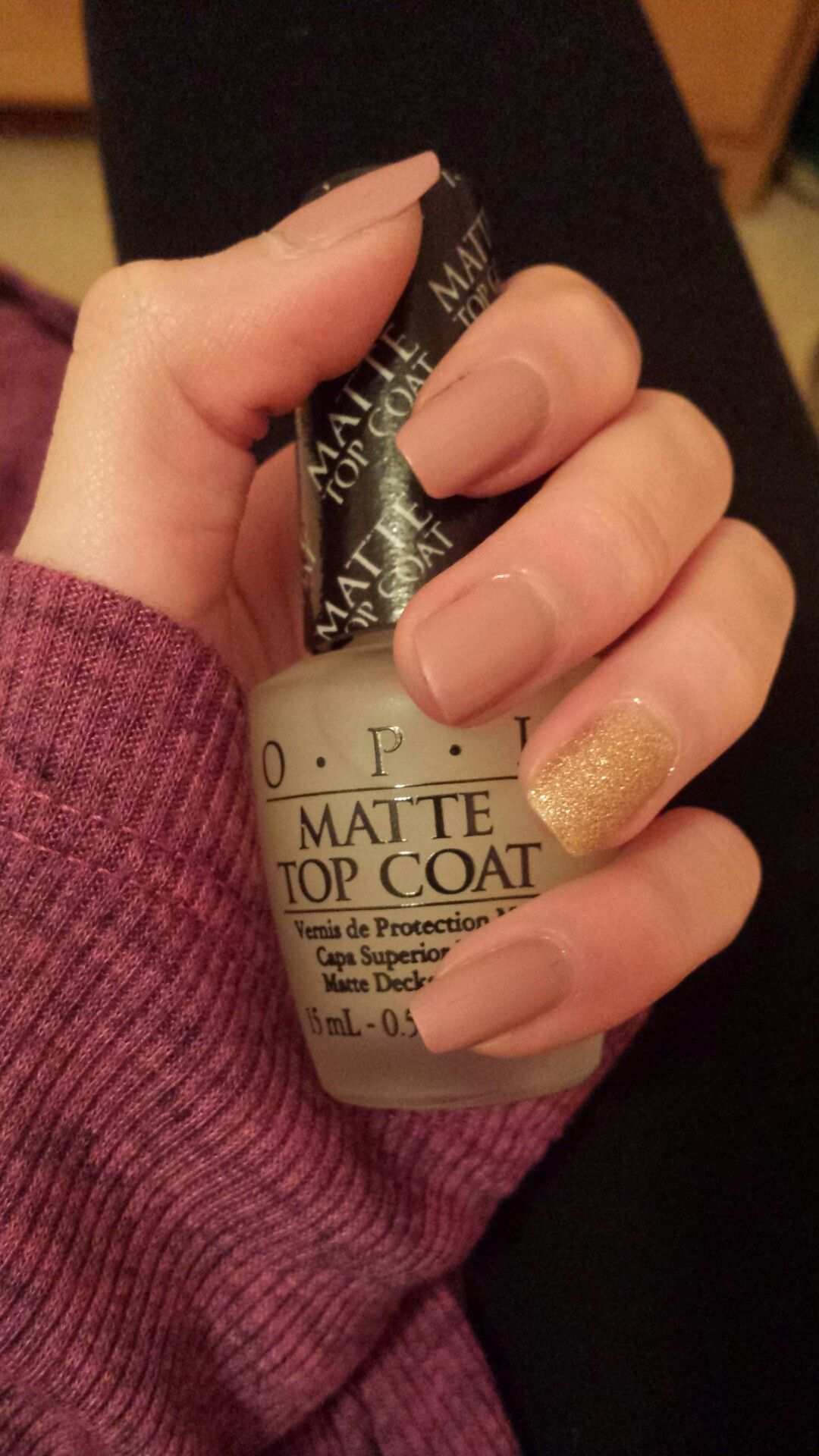 Classy red and gold sparkle nail polish look is finished perfectly ...
