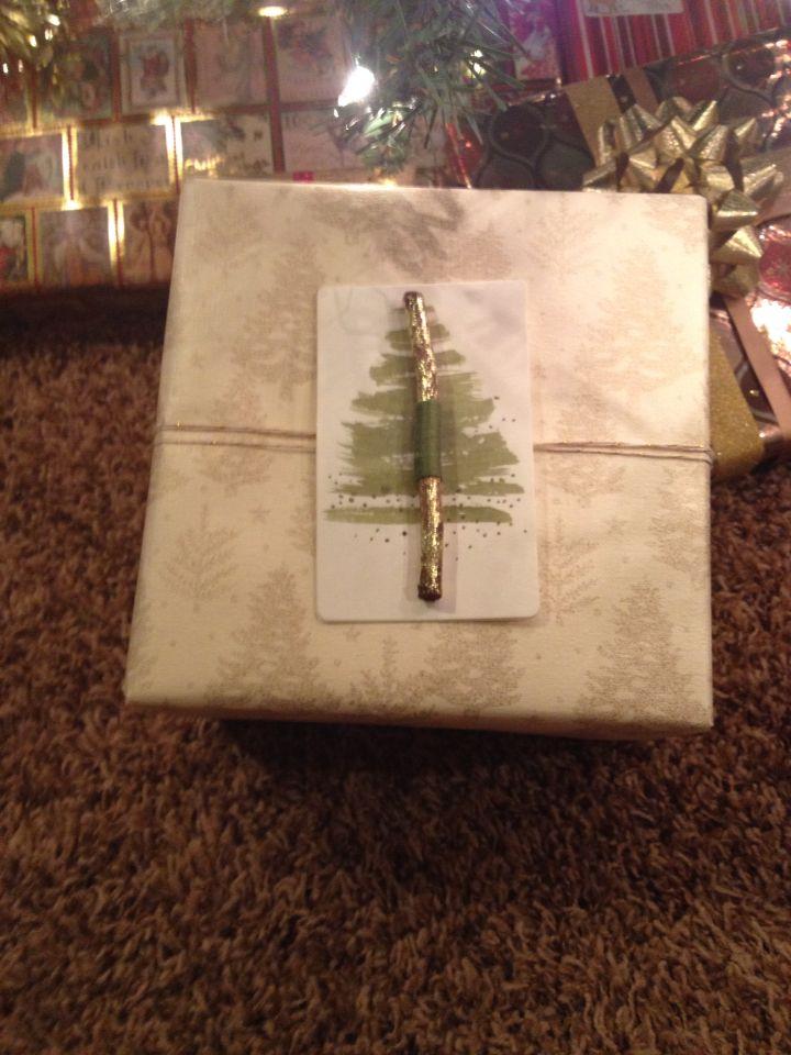 Christmas gift wrap! Christmas tree, gift tag, #anthro Christmas