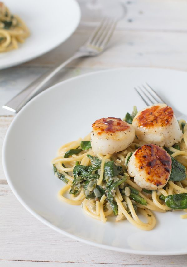 Seared Scallops With Lemon Spinach Pasta Living Recipes
