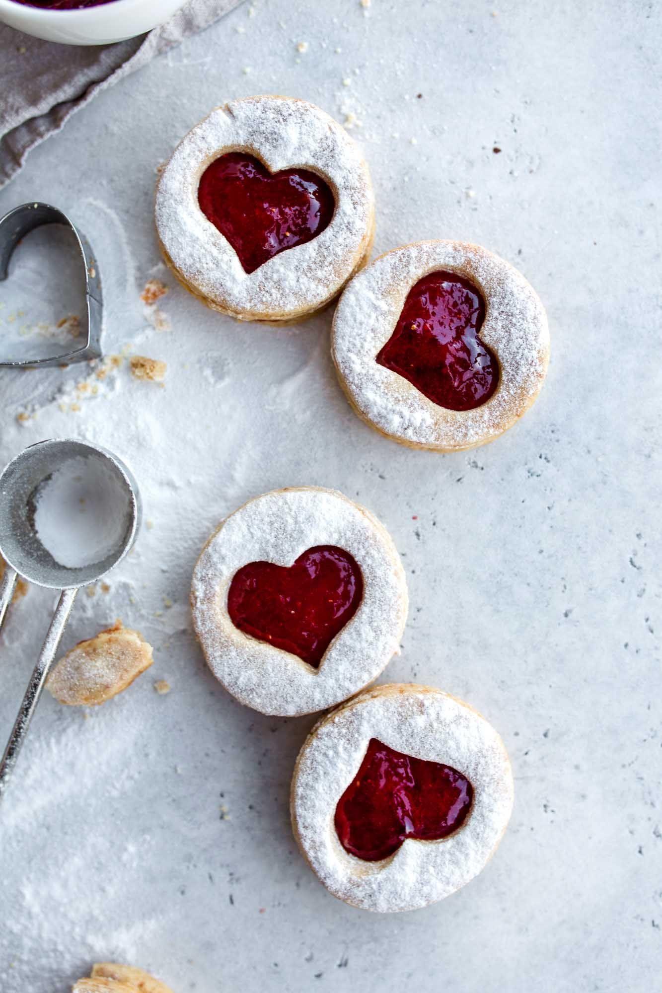 Weihnachtskekse Mit Marmeladenfüllung.Easy Vegan Christmas Cookies Everyone Can Make