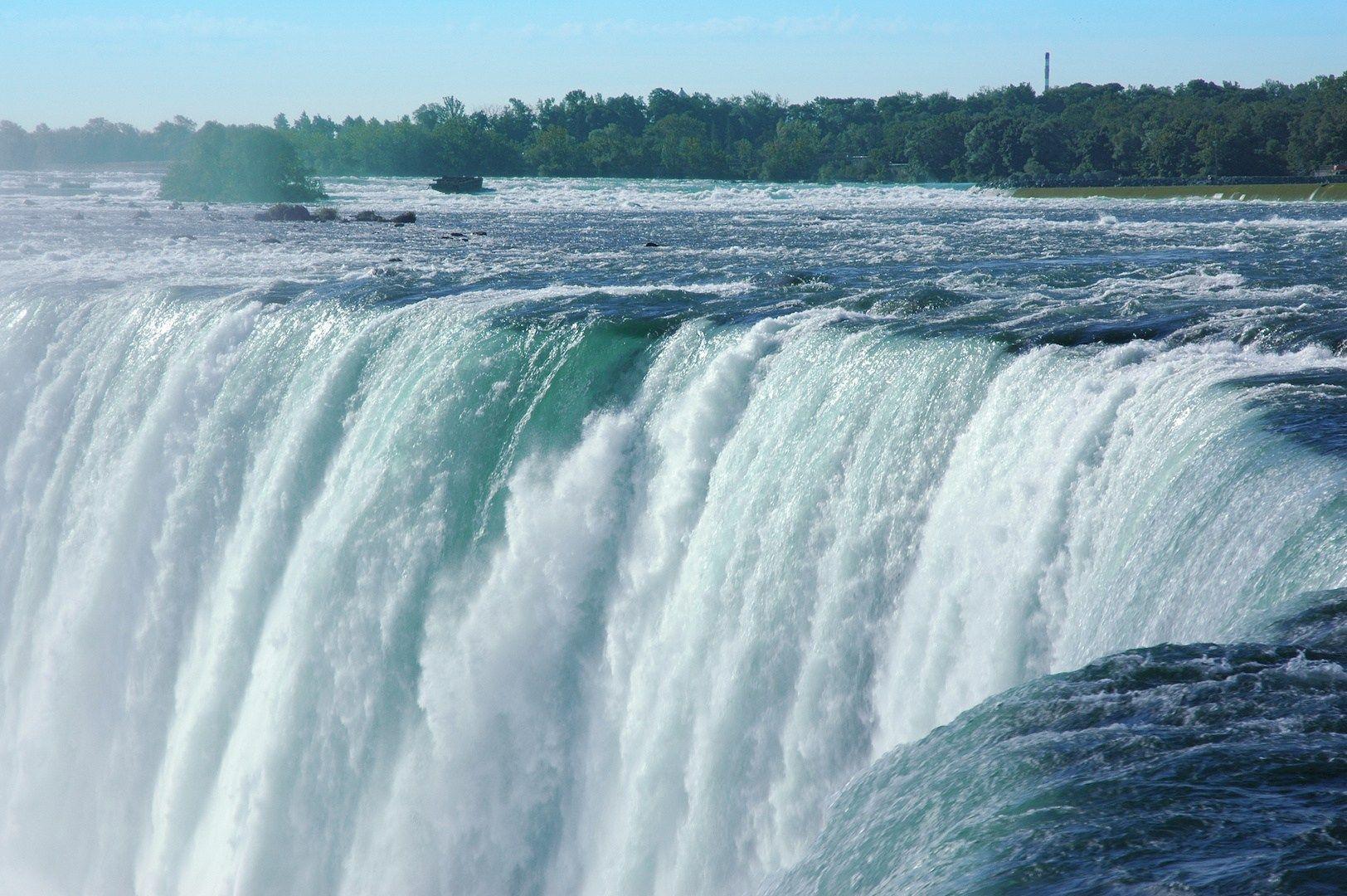 نتيجة بحث الصور عن المياه العذبة Natural Landmarks Landmarks Niagara Falls