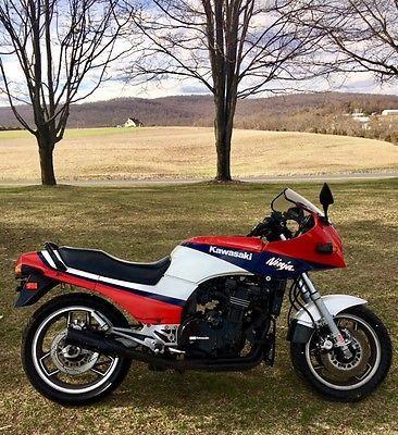1985 Kawasaki Ninja   Clic bikes, Kawasaki ninja and Bikers