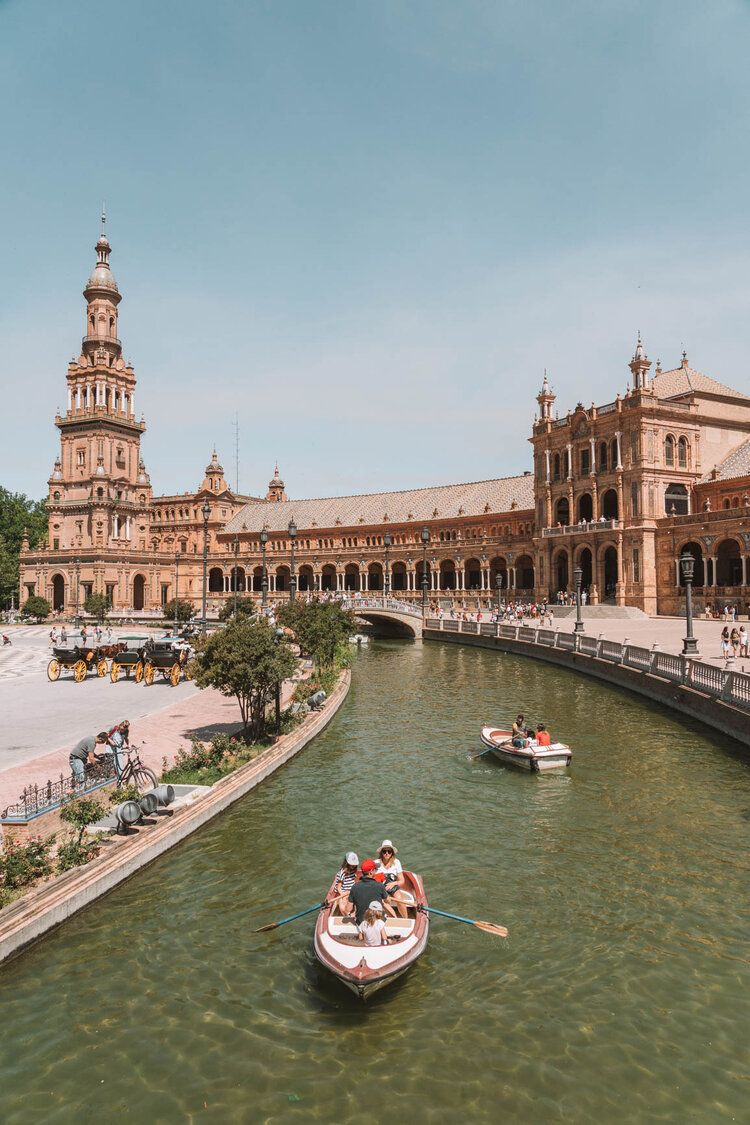 Amazing 3 Days in Seville Itinerary | In Between Pictures