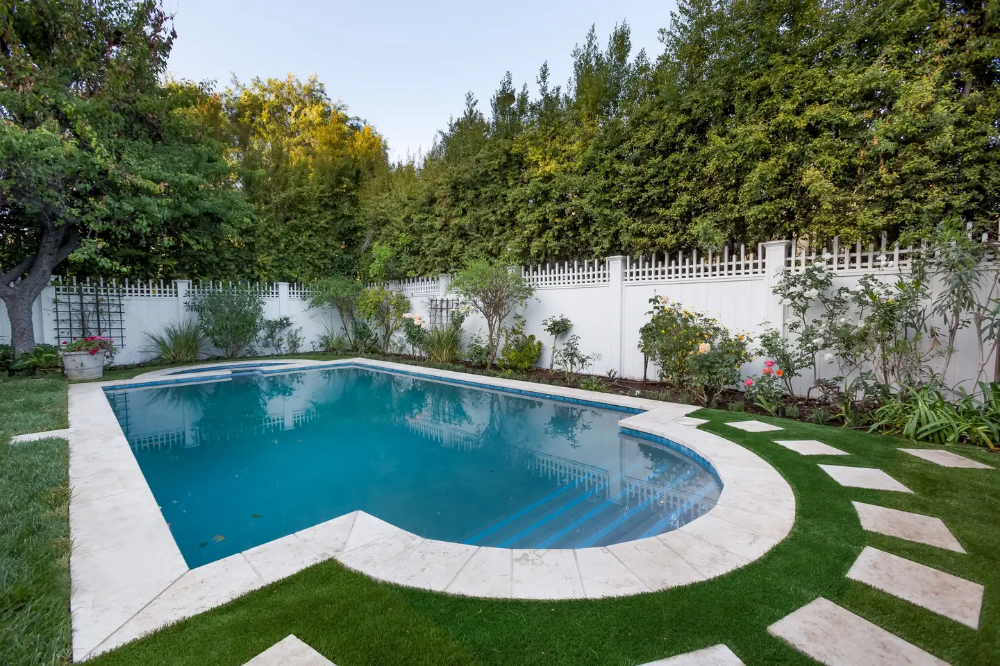 Hancock Jem Houses For Rent In Los Angeles Renting A House Pool Outdoor