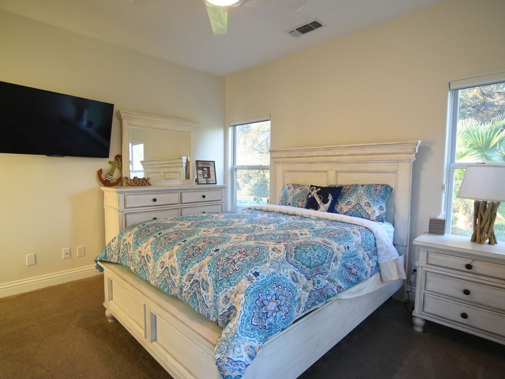 majestic sacramento river dream house only vrbo just