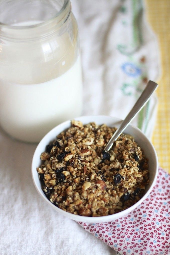 5-Seed Almond Granola: nuts, chia seeds, flaxseed ...