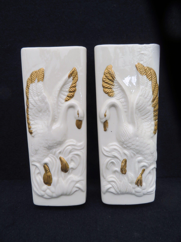 Vintage ceramic white Swan humidifer Radiator humidifier