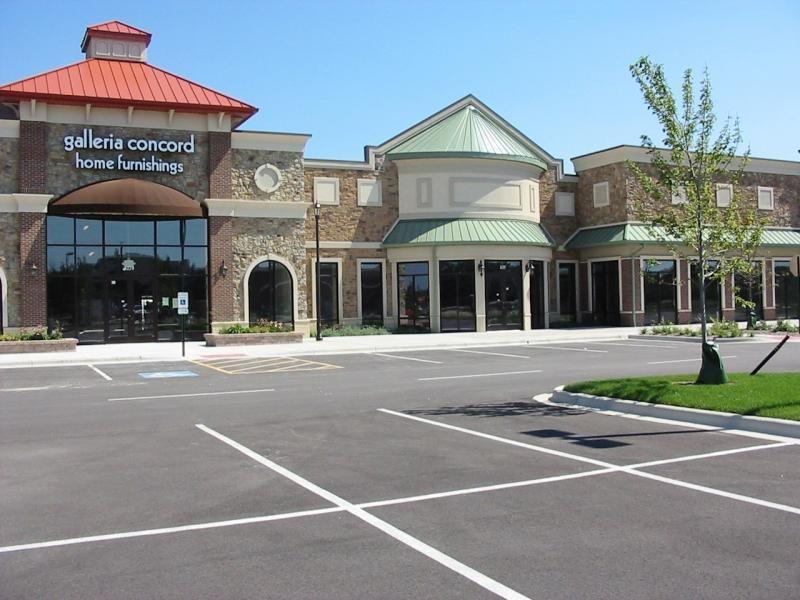 Property Development Centers : Strip mall g shopping centers