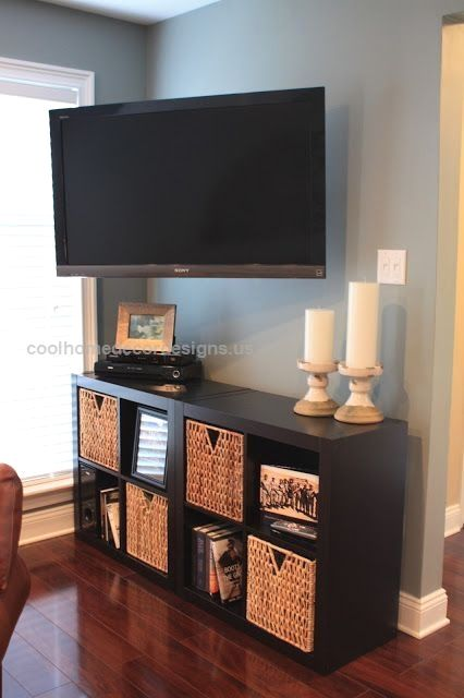 Are you unsure on how to decorate your small living room? Check out ...