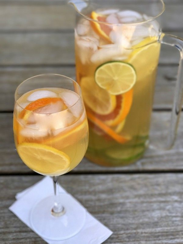 Summer White Wine Sangria