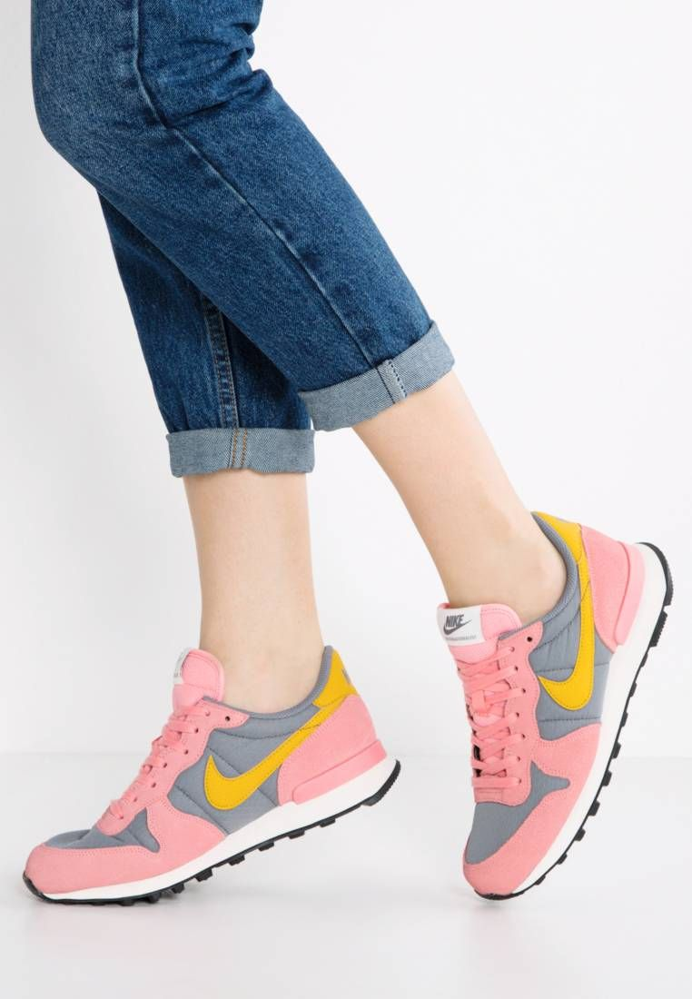 best sneakers ba94f 3a0c7 INTERNATIONALIST - Trainers - cool grey gold dart bright melon sail black.  Shoe tip round. Lining textile. upper material leather synthetics. ...