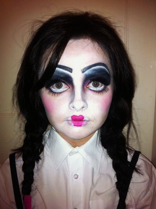 pretty porcelain doll halloween makeup