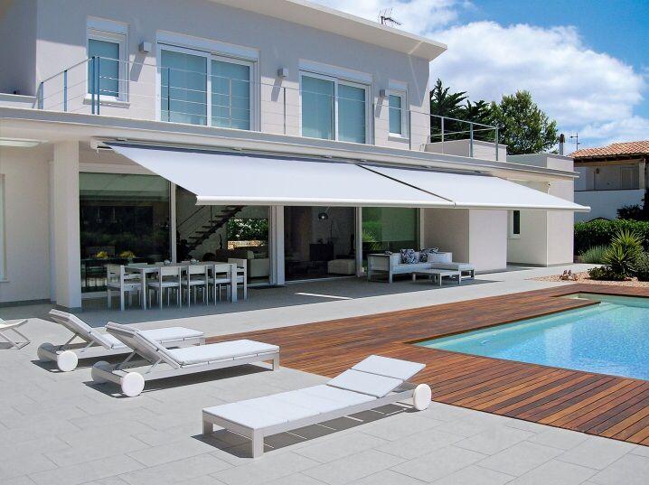 Auvent r tractable moderne et pur auvent auvent r tractable auvent et stores ext rieurs - Auvent maison moderne ...