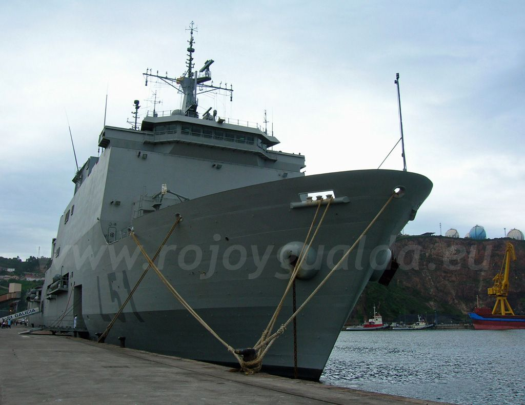 Anfibious assault ship Galicia (L51), Spanish Navy #rojoygualda