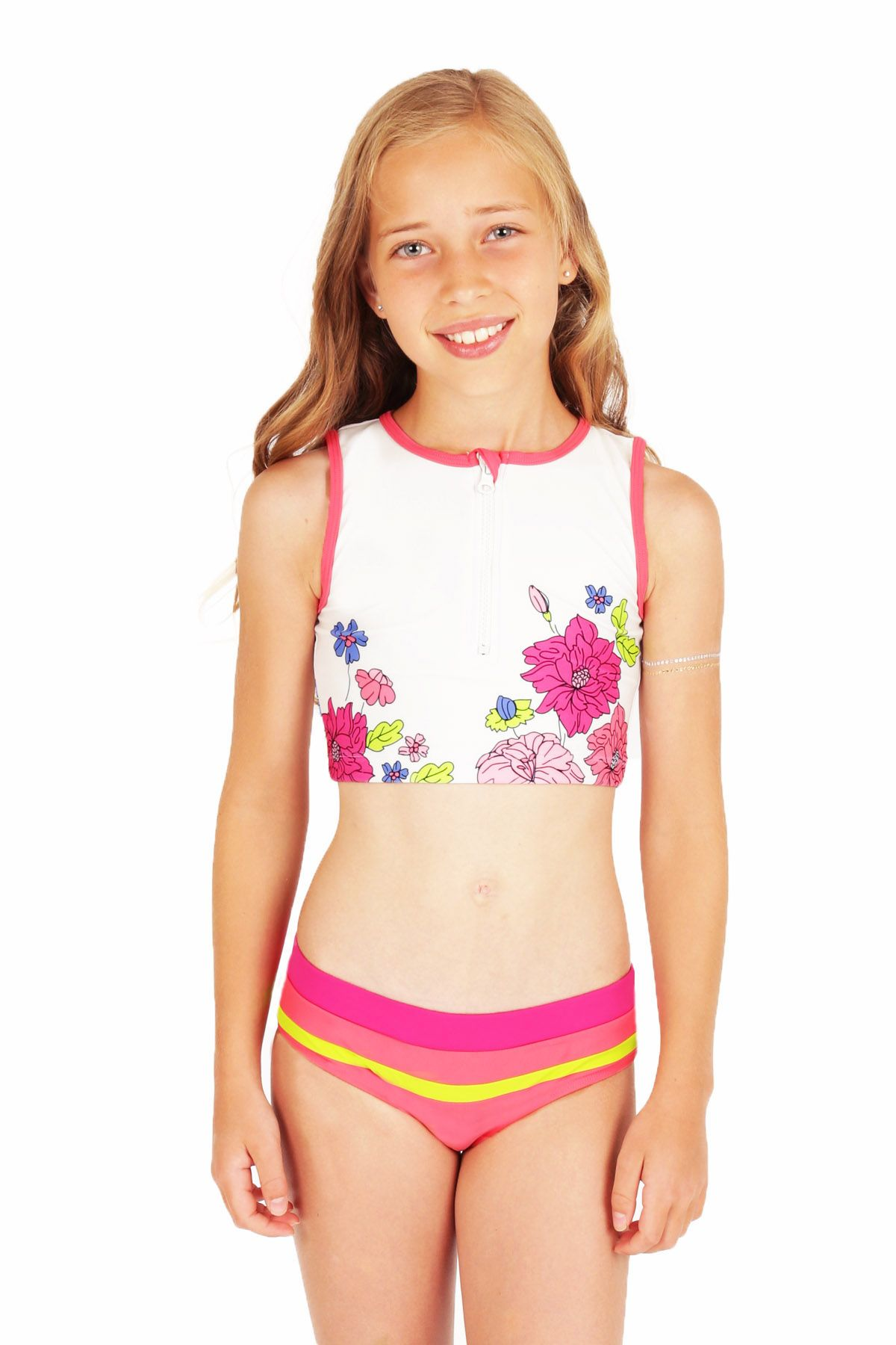 Tween girl swimsuit porn
