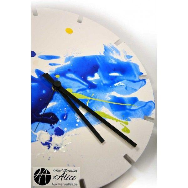 Artclock : Blue Sky - Aux merveilles d'Alice Horloges peintes à la main, édition limitée à 8 exemplaires ! #clock #blue #horloge