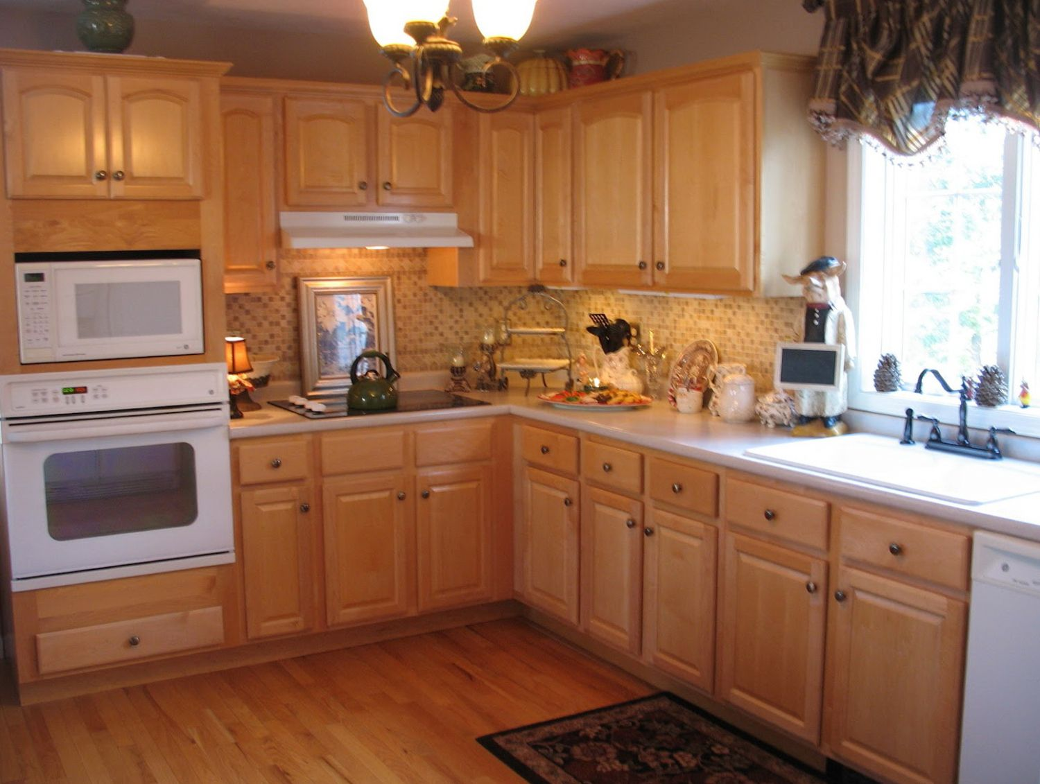 Pin by Annora on home interior | Home depot kitchen, Maple ...