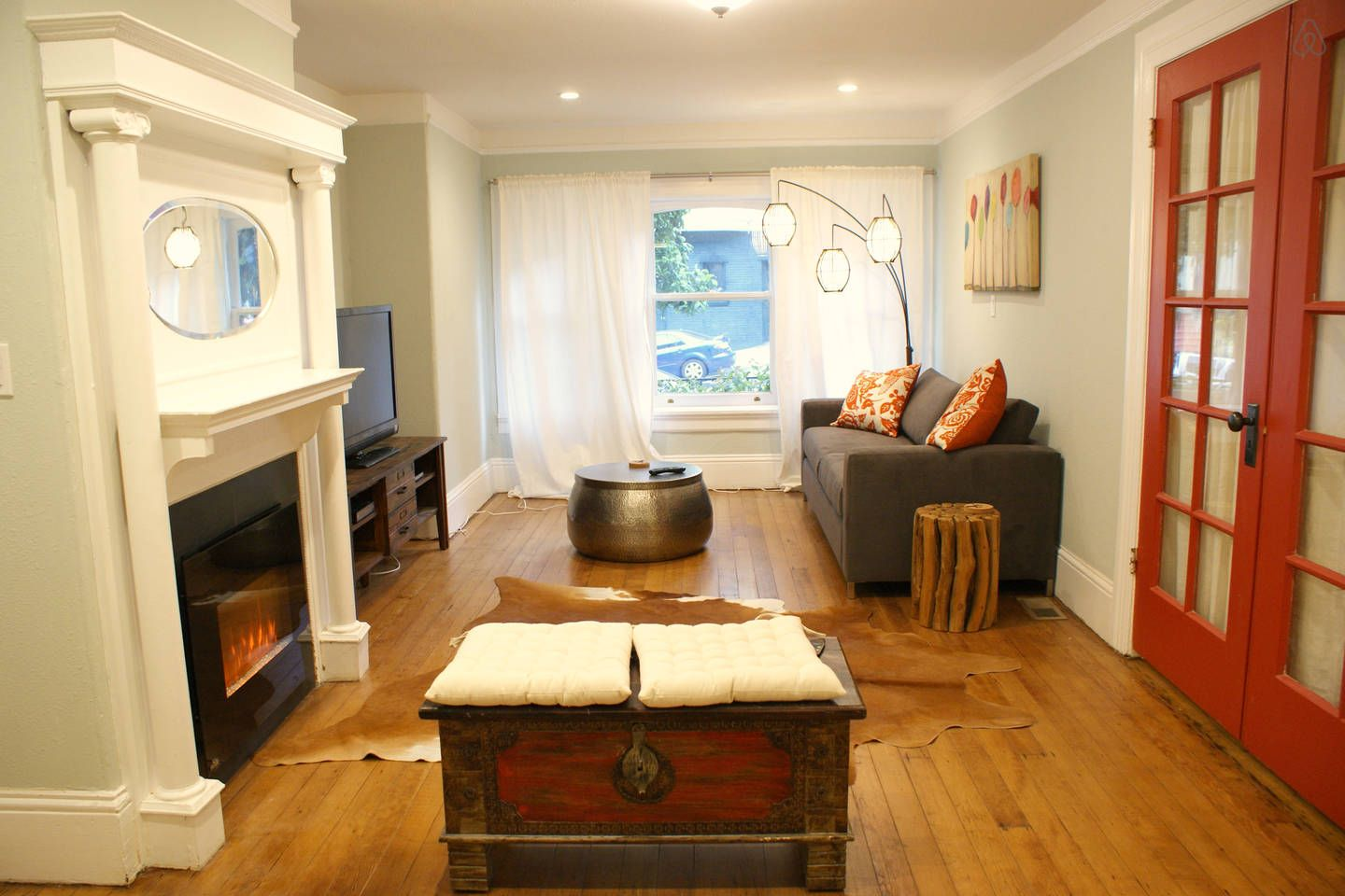 newly remodeled spacious 1 bedroom  vacation rental in
