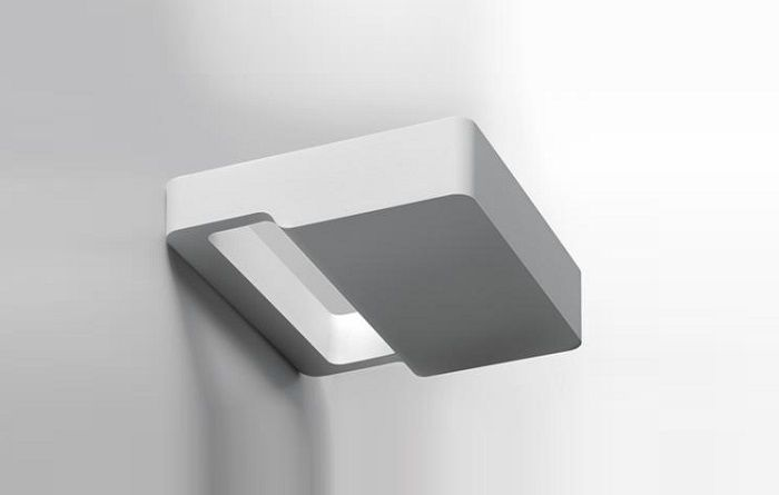 Square wall lamp by artemide. wall lamp with indirect lighting using