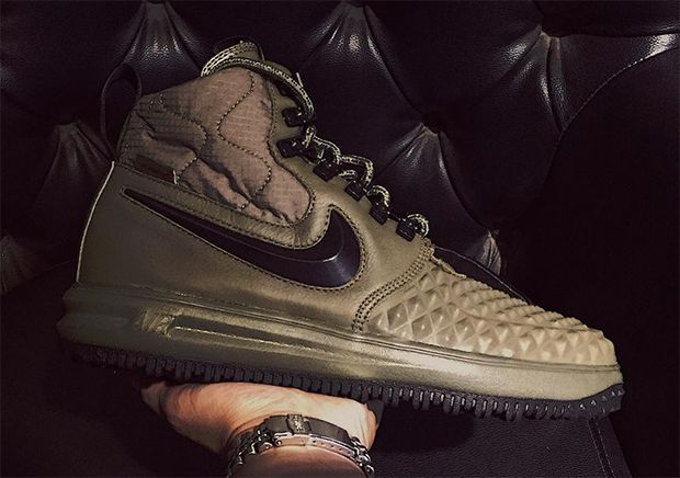 The All White Nike Lunar Force 1 Duckboot Releases This