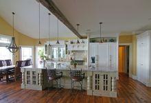 Awesome white kitchen!