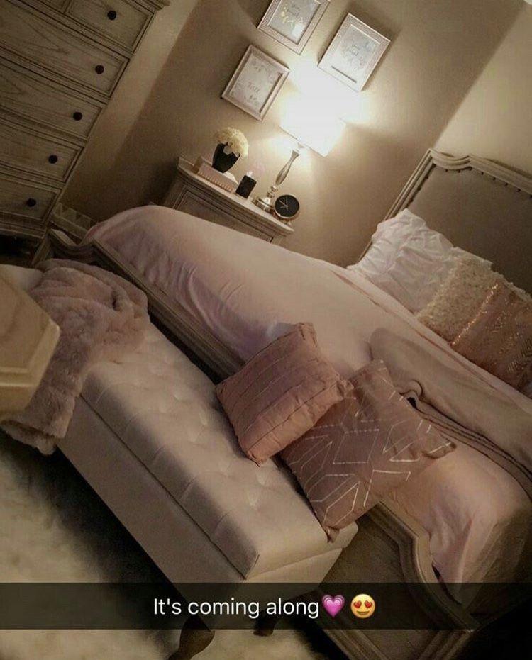 Bedding And Room Idea Instagram Mamafentyy Bedroom Decor Bedroom Makeover Bedroom Design