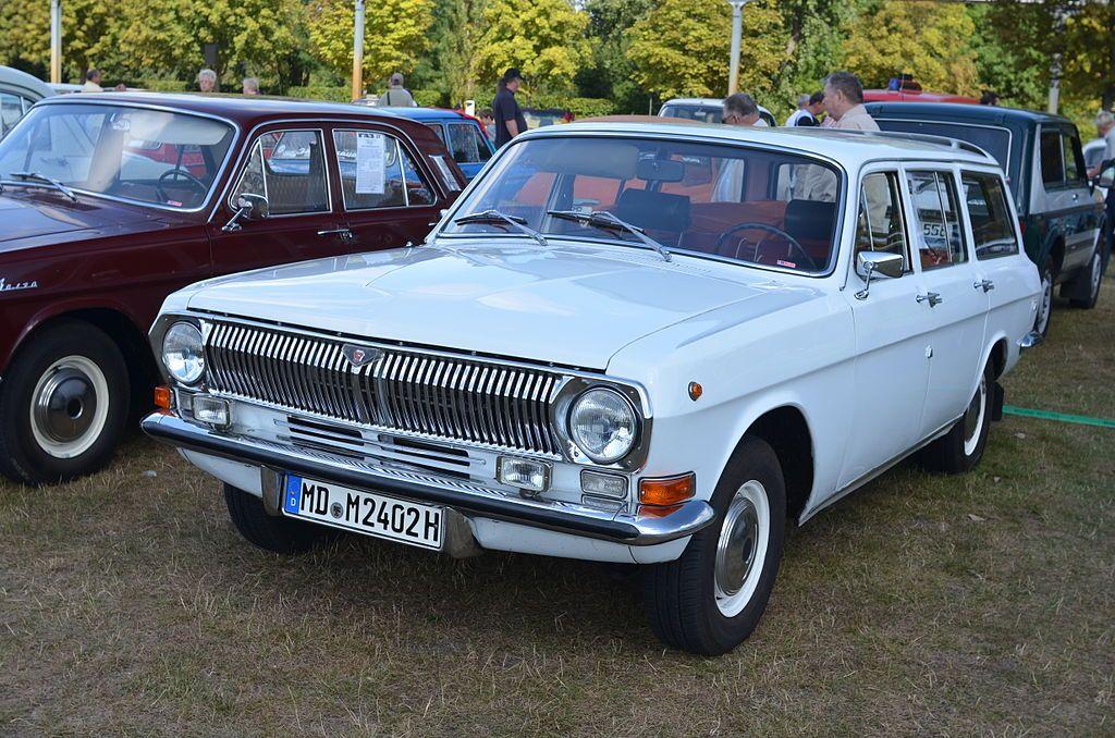 Wolga (7907049306) - Automotive industry in the Soviet Union - Wiki ...