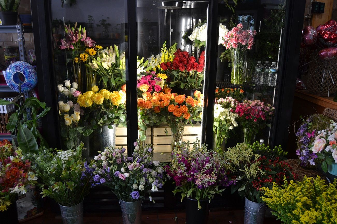 Top 5 Flowers Bouquet For Chennai People Flower Shop Flowers Anniversary Flowers