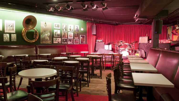 99 Things To Do In Nyc Before You Die Jazz Bar Jazz Club Cool Jazz