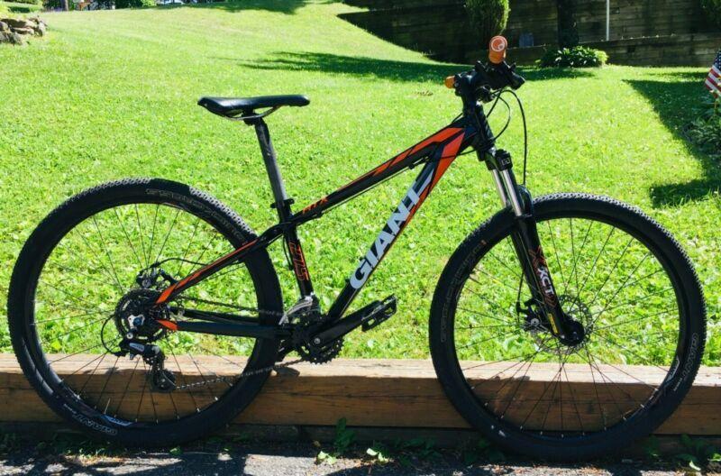 2015 X Small Giant Atx 2 Complete Mountain Bike W 27 5 Wheels And Disk Brakes In 2020 Mountain Bike Wheels Giant Bikes Bicycle Frame Size