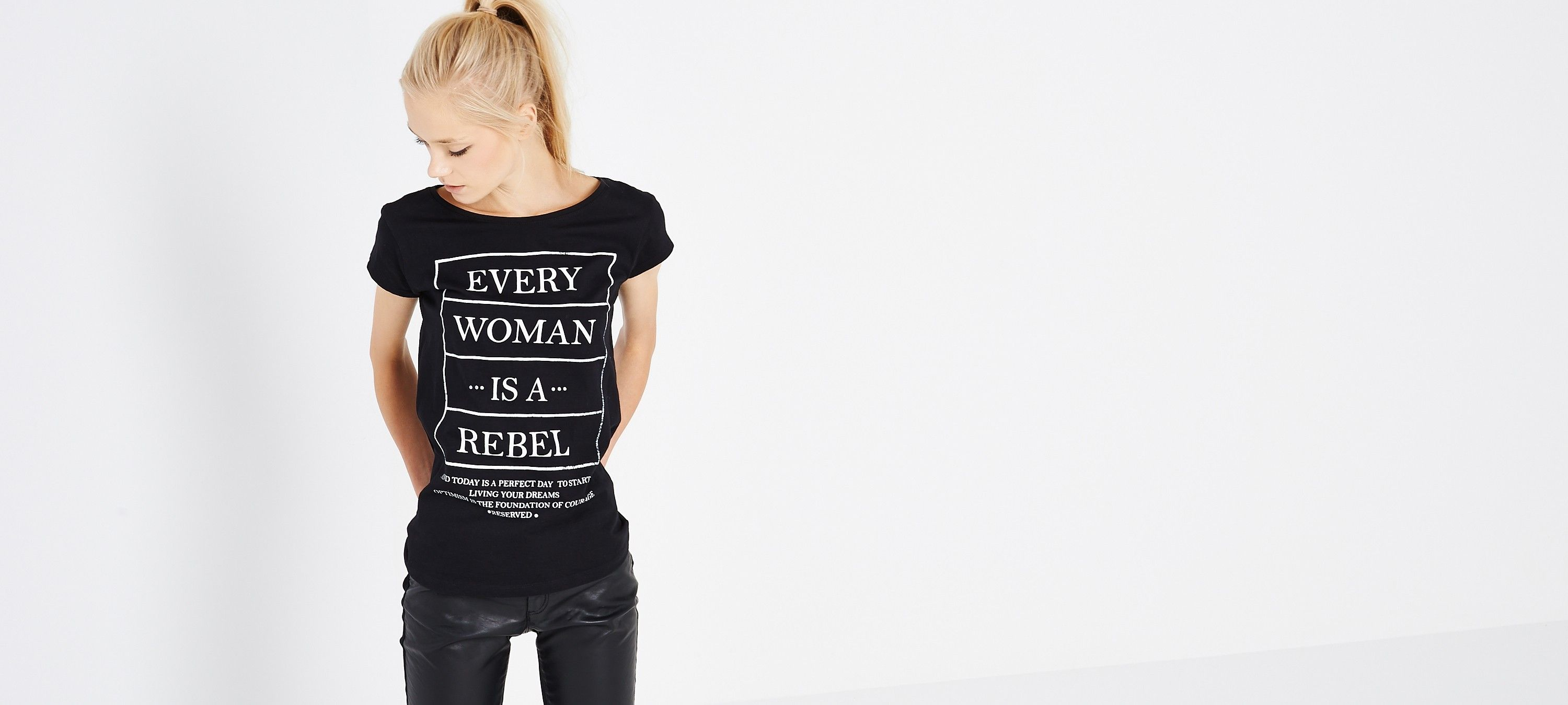 PRINTED T-SHIRT, RESERVED