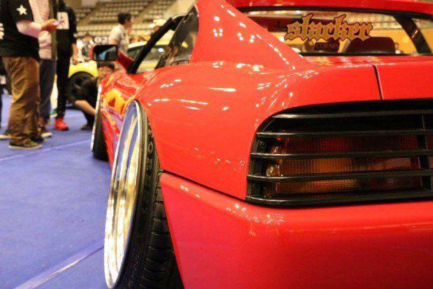 Ferrari 348 Stance