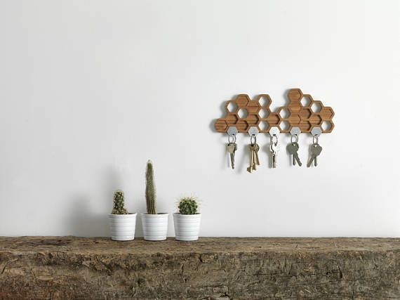 Honeycomb Magnetic Key Holder   A Unique Bamboo Wall Mounted Hook And  Decorative Wooden Storage Rack