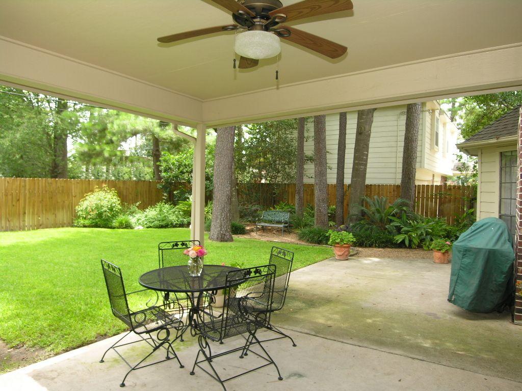Superbe Covered Patio Designs Backyard | Very Private U0026 Peaceful Backyard.Covered  Patio W/Ceiling