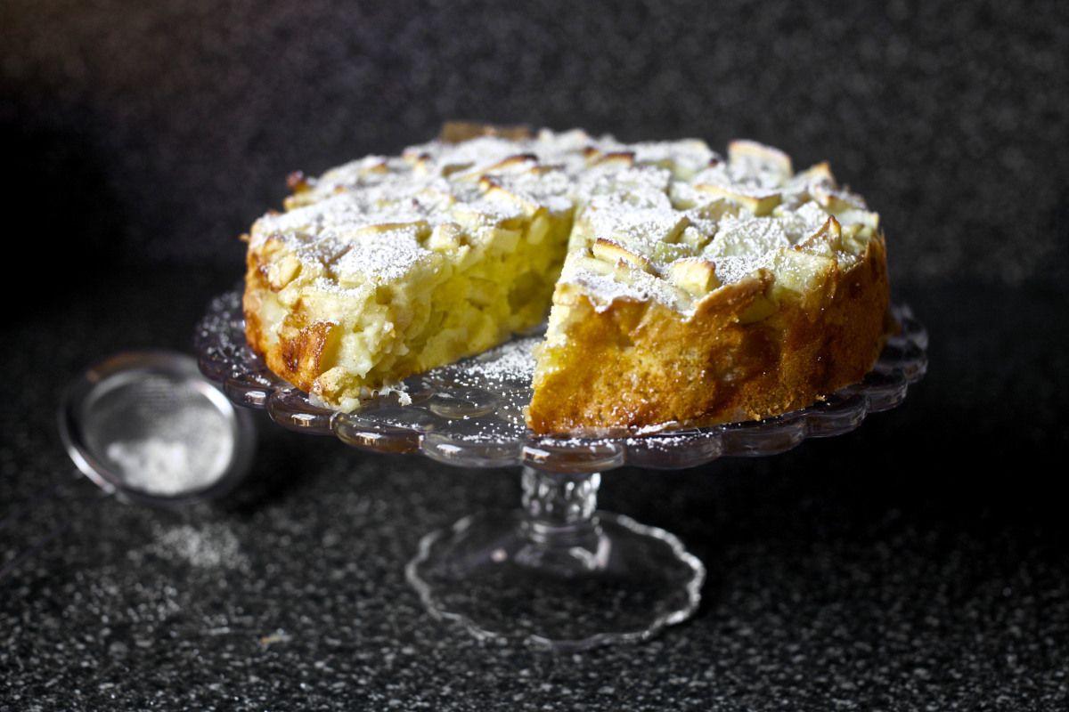 apple sharlotka – smitten kitchen | Delicious Desserts & Snacks ...