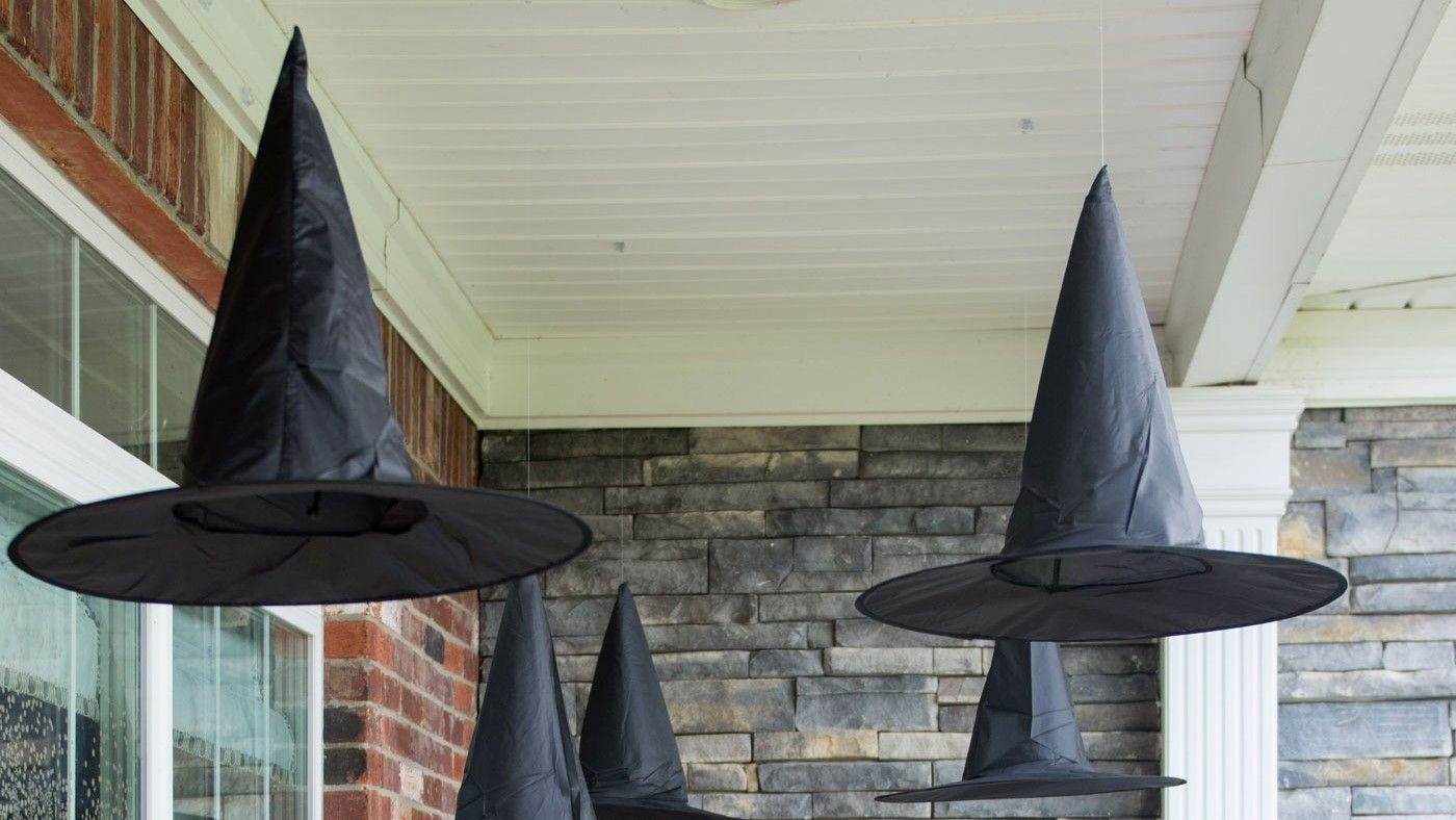 From elegant to ghoulish, we\u0027ve got outdoor Halloween decorating - Front Door Halloween Decoration Ideas