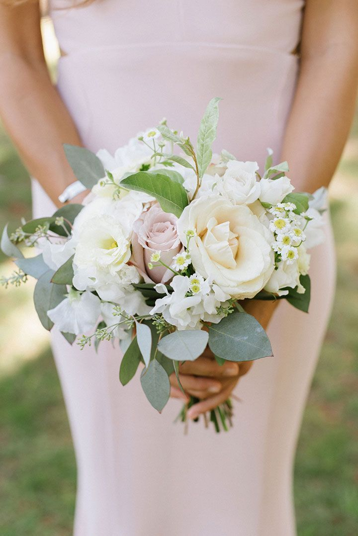 Soft & Romantic Summer Wedding Florals #bridesmaidbouquets