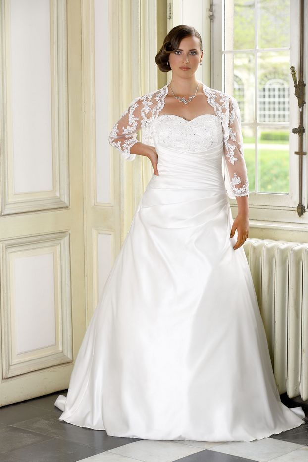 LADYBIRD PLUS SIZE Plus Size Wedding Dresses By Ladybird Bridal Looking For A Dress The Plussize Collection Offers