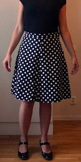 bea8d10fcbc1 Tant Yra syr: Kjol med våder | Hantverk: Sy | High waisted skirt ...
