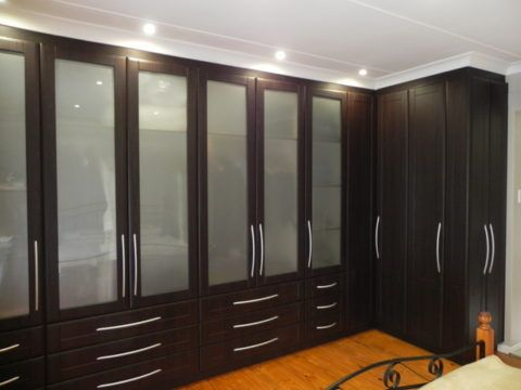 Bedroom Cupboards With Glass And Wood Material Bedroom Cupboard Designs Bedroom Cupboards Cupboard Design