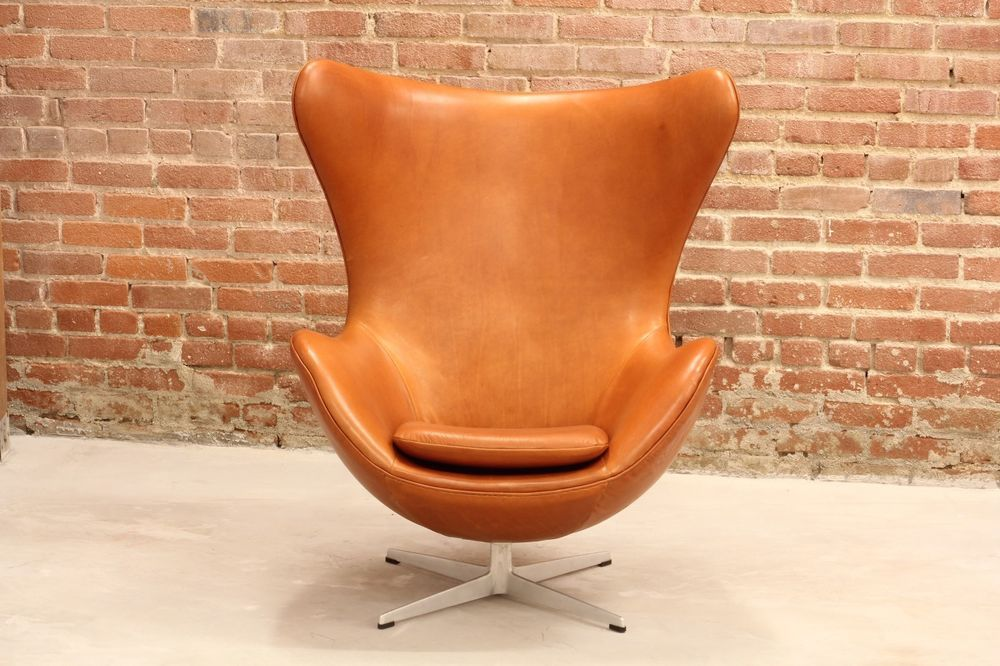 Egg Chair Cognac.Early 1965 Arne Jacobsen Egg Chair In New Italian Cognac Leather