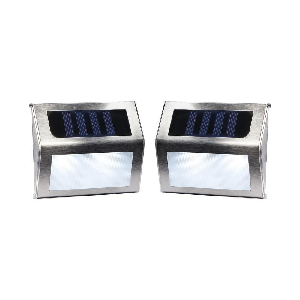 Merkury Innovations Solar Powered Outdoor White Integrated
