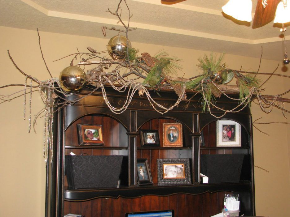 office christmas theme. Mesmerizing Design Office Christmas Decorations Ideas With Red . Theme