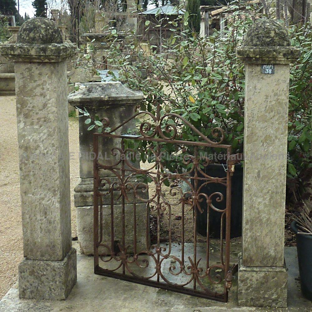portillon ancien pour petit jardin