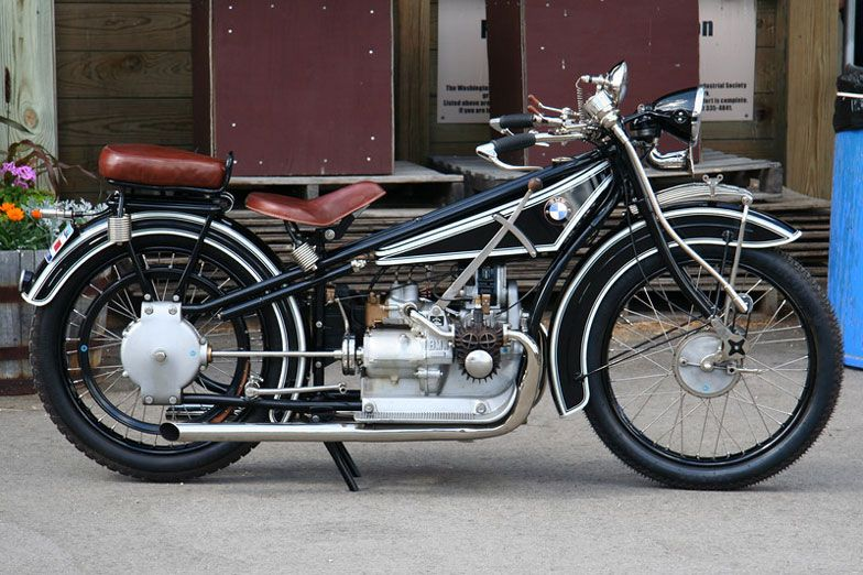 1923 1926 Bmw R32 The First Bmw Motorcycle And It S Still Hot